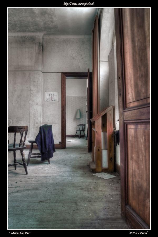 urbanphoto maison du vin. Black Bedroom Furniture Sets. Home Design Ideas